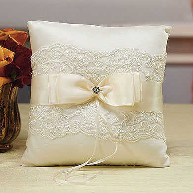 Beverly Clark French Lace Collection Wedding Ring Pillow Horizon
